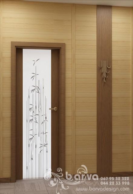 Дизайн двери и вешалки в холле в квартире по пр.Победы. Эко-стиль